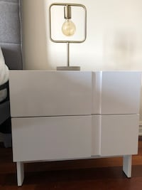 Nightstand table ( two for 100 $CAD) Montréal, H4C