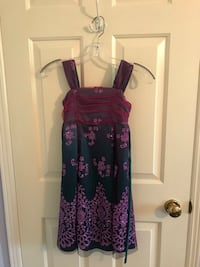 Formal Girls Dress Size 8, Sparkly