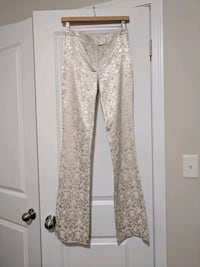 Le Chateau pants size 3 Kitchener, N2P 2W1