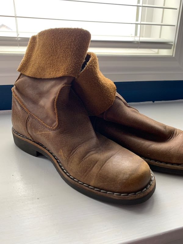 Roots genuine leather boots