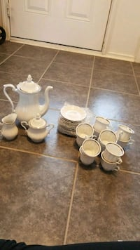 White and silver coffee/tea set  Brampton