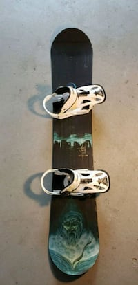 LTD Quest Snowboard and Burton Mission bindings Greenport, 11944