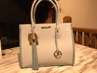 Michael Kors Purse Adairsville, 30103