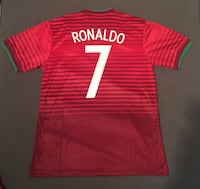 red and white Cristiano Ronaldo 7 jersey shirt Montréal, H4B 1R4