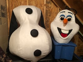 Quality Adult sized Olaf costume