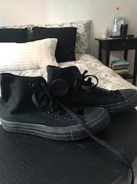 Converse never worn high top chuck taylor Montreal, H2S