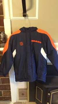 Navy blue and Orange Chicago Bears zip-up coat size 11/12 youth Auburn, 62615