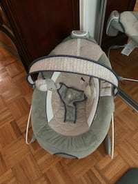 Baby chair Vaughan, L4L 1W8