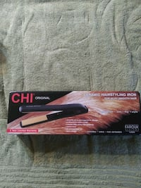 Brand New CHI ORIGINAL CERAMIC HAIRSTYLING IRON Pearl, 39208