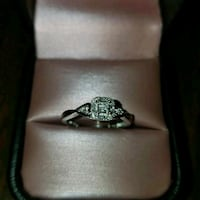 silver-colored diamond ring Bakersfield, 93309
