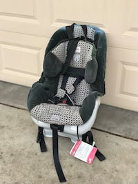 Britax Carseat ($300 new) Canton, 48187