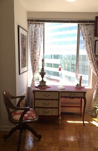 Relocation SALE: Beautiful desk, with 4 beautifully lined spacious drawers, refinished with premium Annie Sloan Chalk Paint Reston