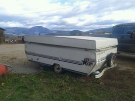 Free tent trailer