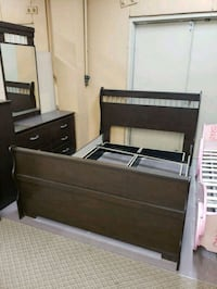 New queen bedroom set on sale  Toronto, M9W 1P6