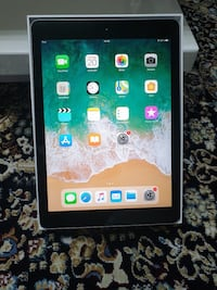 iPad 6th Generation 32 GB wi-fi  Stockholm, 164 34