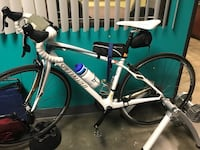 Specialized Ruby Road Bike & Giant stationary trainer  Long Beach, 90804