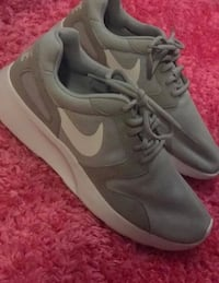 Brand New Grey Nike Shoes Size 8 Surrey