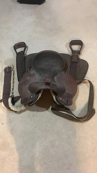 brown and black leather horse saddle Fredericksburg, 22407