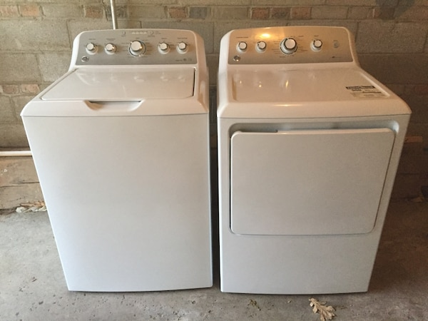 White washer and dryer set