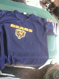Chicago Bears football t-shirt $2 for a kid Triangle, 22172