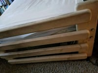 Wooden twin bed Sparks, 89431