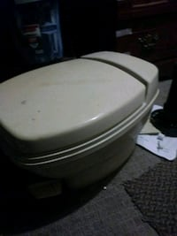 white and gray plastic container Kansas City, 66102