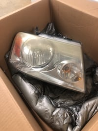 2004 Ford F-150 Headlamps