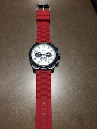 round white and silver-colored Fossil chronograph watch with red rubber strap Toronto, M5V 3R5