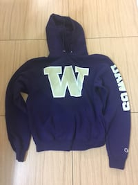 CHAMPION WASHINGTON HUSKIES HOODIE Vancouver, V5P 3W2