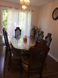 brown wooden dining table set Brossard, J4W 2P8