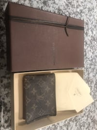 Authentic LV wallet with some wear Langford, V9B 3V2
