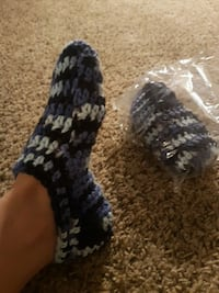 Hand made pair of blue-and-white sleppers 7-9 Tucson, 85746