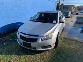 2011 Chevrolet Cruze 4-Door Sedan 2LS