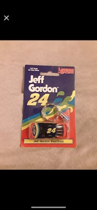 1998 LEGENDS OF RACING #24 JEFF GORDON KEY CHAIN 1:87 SCALE Catonsville, 21228