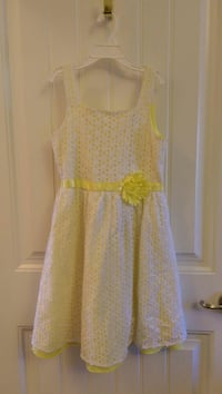 Yellow and white stripe dress Greenville, 29605