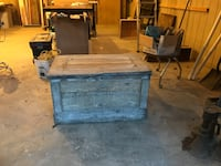 Antique Hand made Tool Box  Mount Airy, 21771