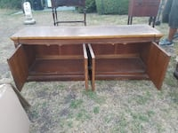 Vintage Wooden TV Stand w/cabinets  Los Angeles