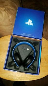 Original PS4 headset Markham, L3P 1V4