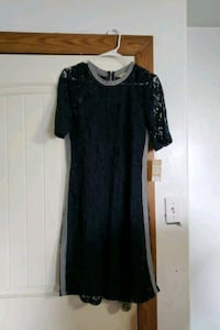 Size 8 navy blue dress with zipper Mission, 78572