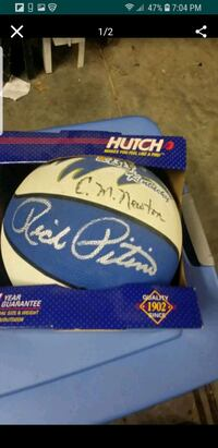 Rick Pitino & CM Newton signed basketball  Lexington, 40505