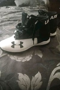 Under Armor Football Cleats  Bryans Road, 20616