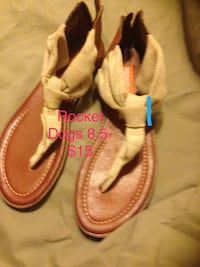 pair of brown-and-pink sandals Chelsea, 35043