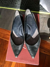 Kenneth Cole flats Toronto, M1K 4X1