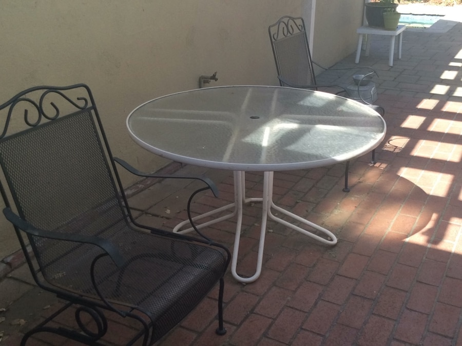 Round White Metal Framed Glass Top Patio Table