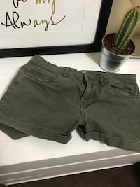 Olive H&M shorts  Los Angeles, 90032