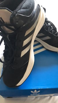 Pair of black adidas low-top sneakers Fairfax, 22032