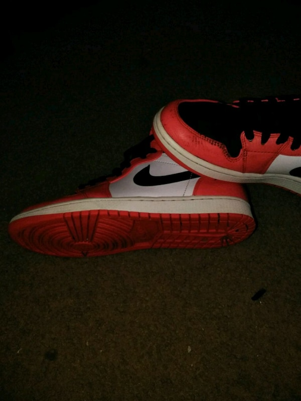 7eae082308f5a Used unpaired red and white Nike Air Force 1 low for sale in Arlington -  letgo