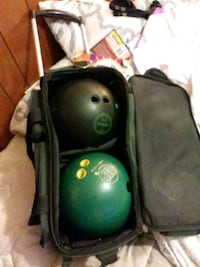 Bowling balls with luggage case Evansville, 47714