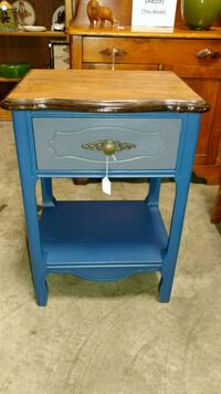 Vintage End Table Virginia Beach, 23456