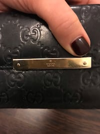 Gucci women's black leather continental wallet Toronto, M4P 1R2